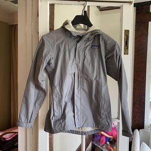 Patagonia torentshell rain jacket XS